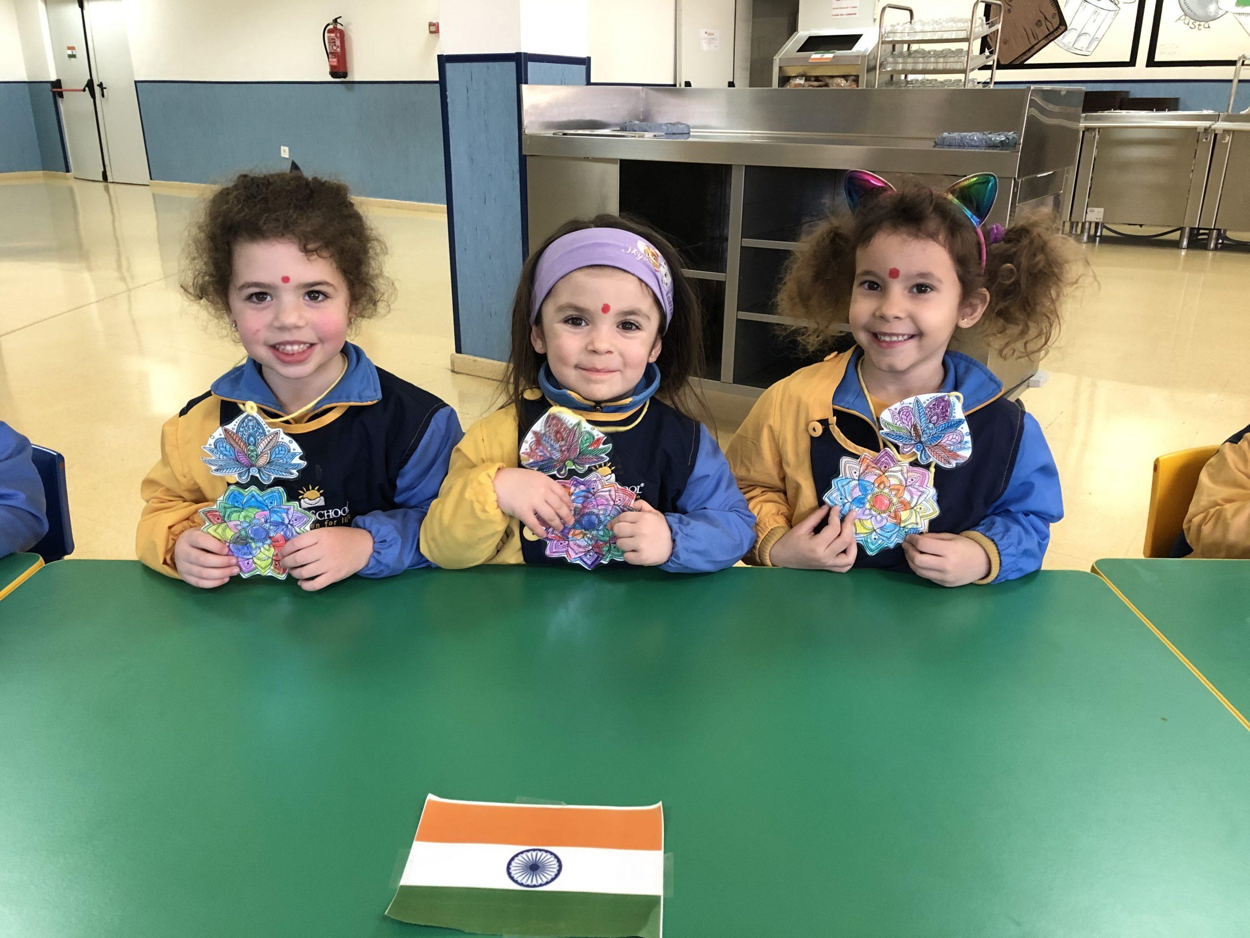 Alumnos de nuestro colegio bilingüe muestran sus trabajos